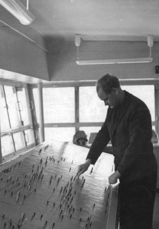 Hauptfoto: File:Gleisbildtisch Schwedt 1964.jpg