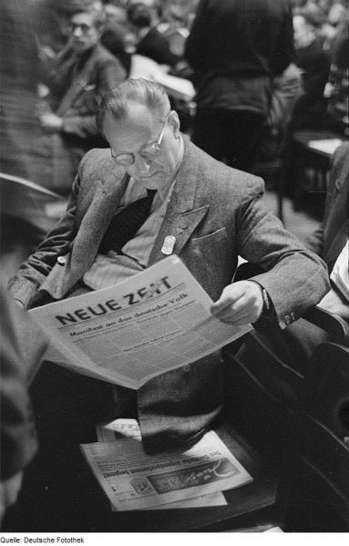 File:Neue Zeit.jpg